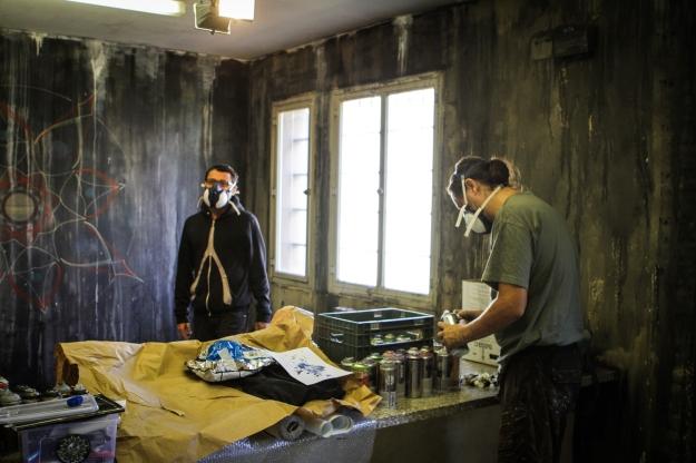 """""""Dialoghi"""" work in progress... Immagini dei due artisti all'opera all'interno della stanza dei colloqui. Photo by Livio Ninni Photographer"""