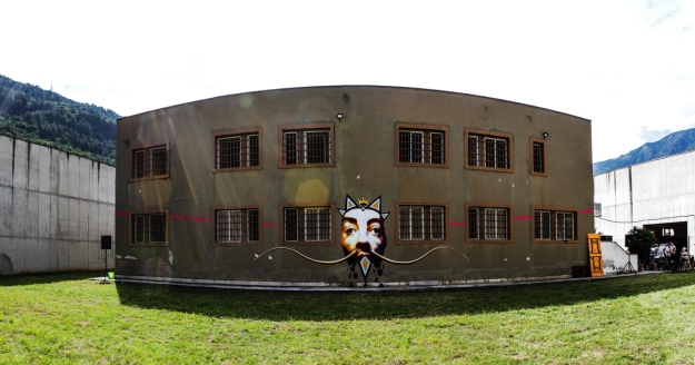 Ravo - muro esterno ex carcere Tira